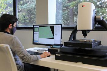 مشخصهیابی تغییرات سطح در اثر دما در مقیاس نانومتری